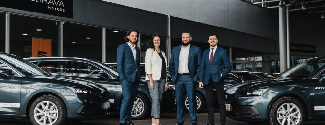 Dinamo Rīga saņem pirmās 11 automašīnas
